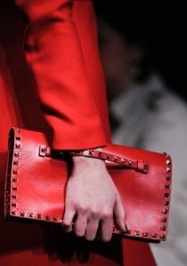 Valentino Pochette cloutée rouge