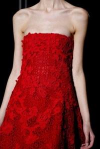 Valentino robe bustier dentelle rouge