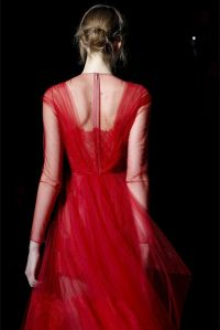 Valentino Robe dos rouge