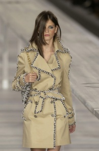 Pluie Chanel Trench