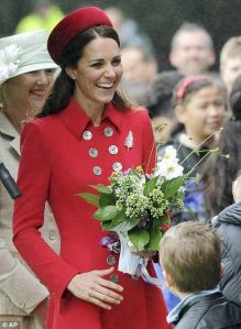 Kate Middleton Catherine Walker rouge