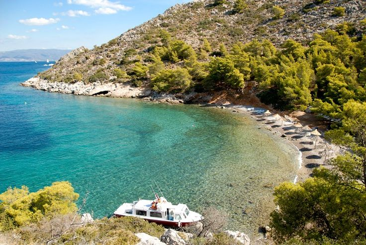 Hydra Bisti beach