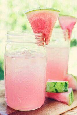 Detox water pastèque