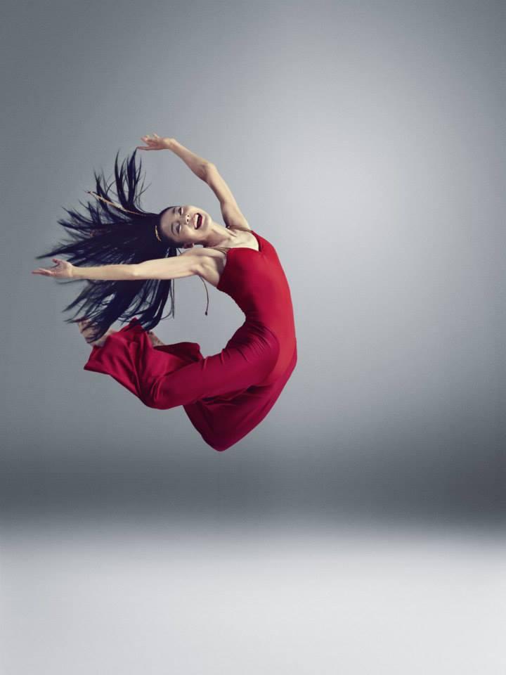 Epidaure Danseuse rouge