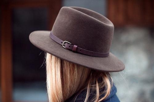 Hat marron