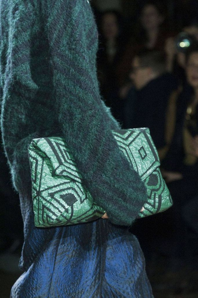 Pochette verte Dries van Noten Fall14